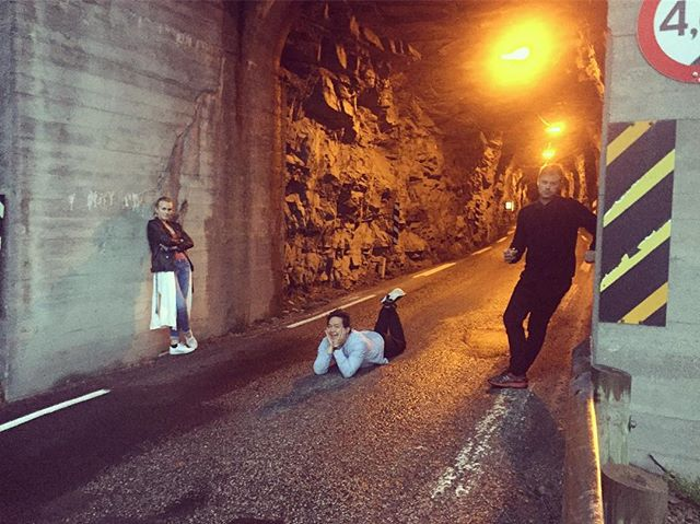 Verdens kjipeste band i Stryns trangeste tunell.