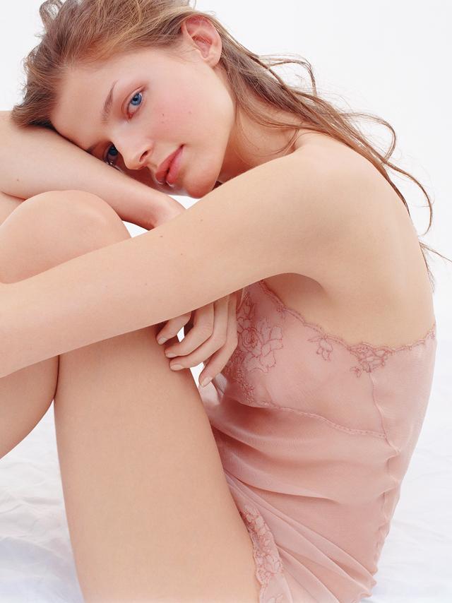 aw-lingerie-002.jpg