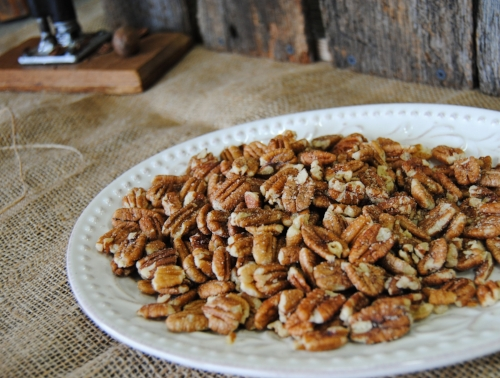 Roasted and Salted Pecans (Simple and Delicious)
