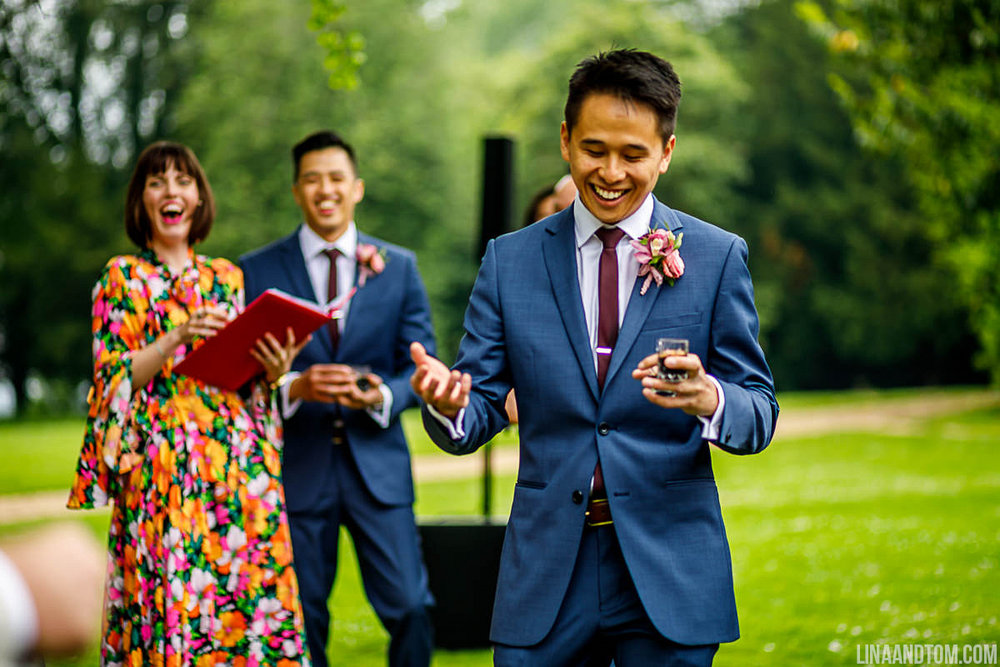 Kim and Ho wanted to bring their party flavour to their ceremony so, while the band played mid-way through, guests enjoyed a shot of Tequila!