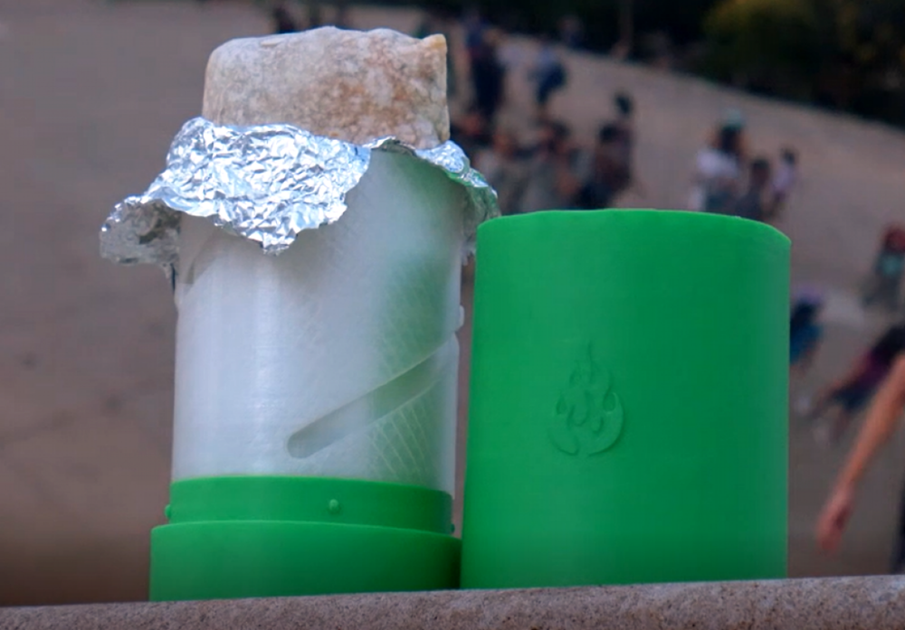 cropped-burrito_thermos.png