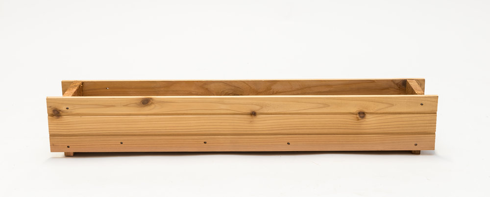"window box dimensions: 7""x35""x6"""""