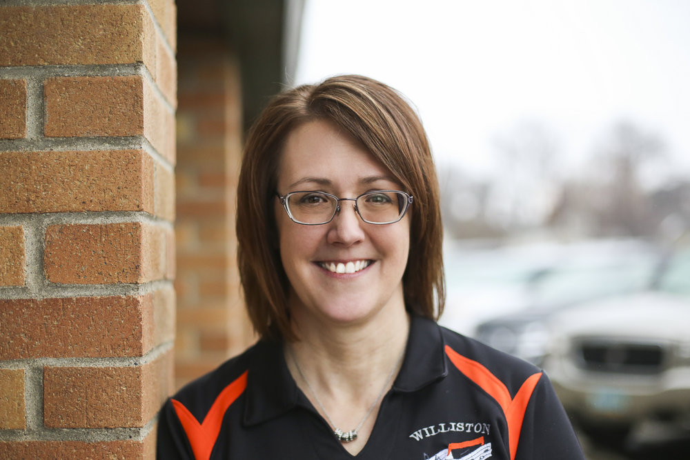 Tina Hanson, Vice president