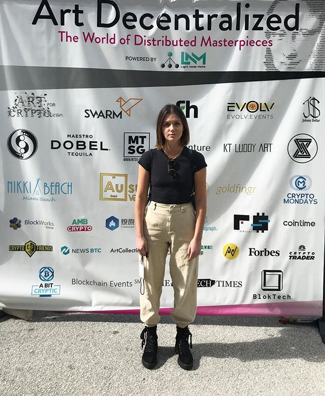 Check out @jacquelineyorkoneill at the Art Decentralized event at Nikki Beach!! She'll be speaking on Blockchain, art, and tokenization today @ 2 pm.