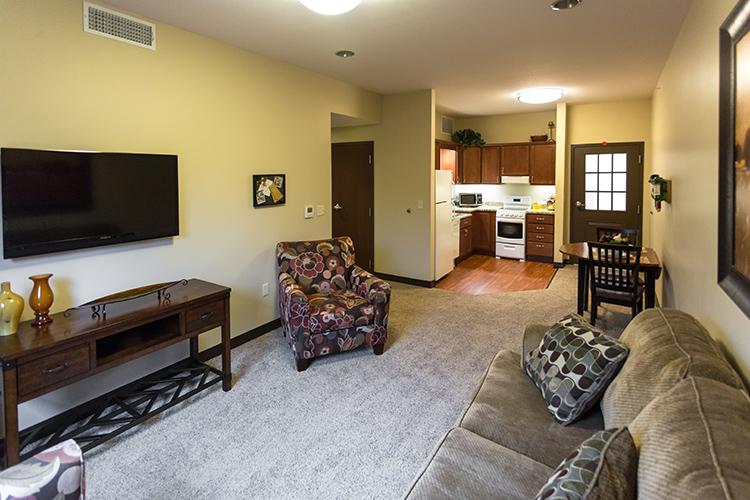 AvitaAL-Livingroom2-LowRes.jpg