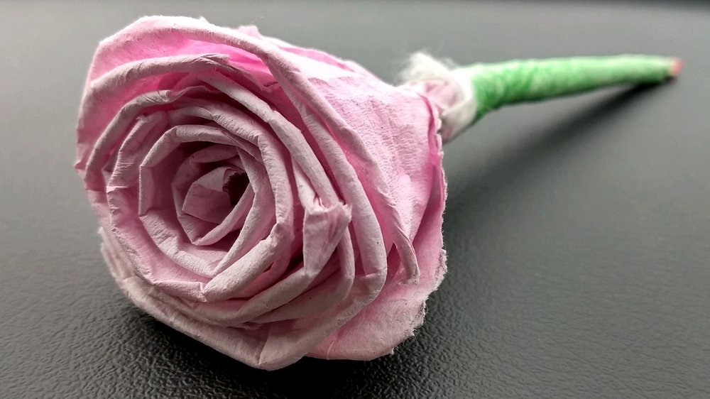 One of the handmade flowers I received as a gift from a Café participant