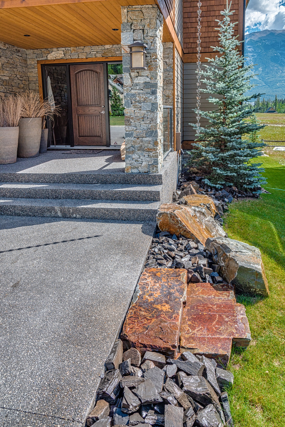 A flagstone patio in the Calgary and Banff area
