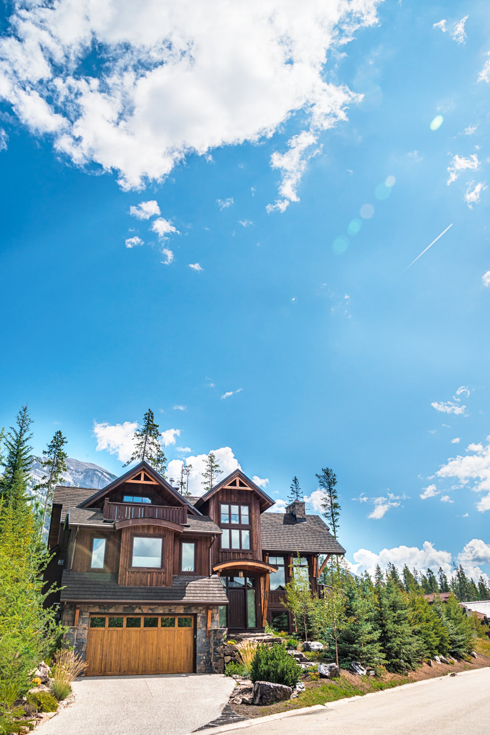 A house complete with a stunning view of the Silvertip Golf course in the Calgary and Banff area
