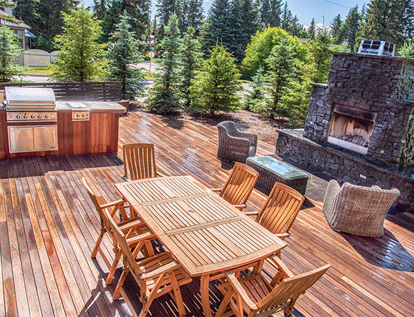A wooden kitchen and BBQ area in the Calgary and Banff area