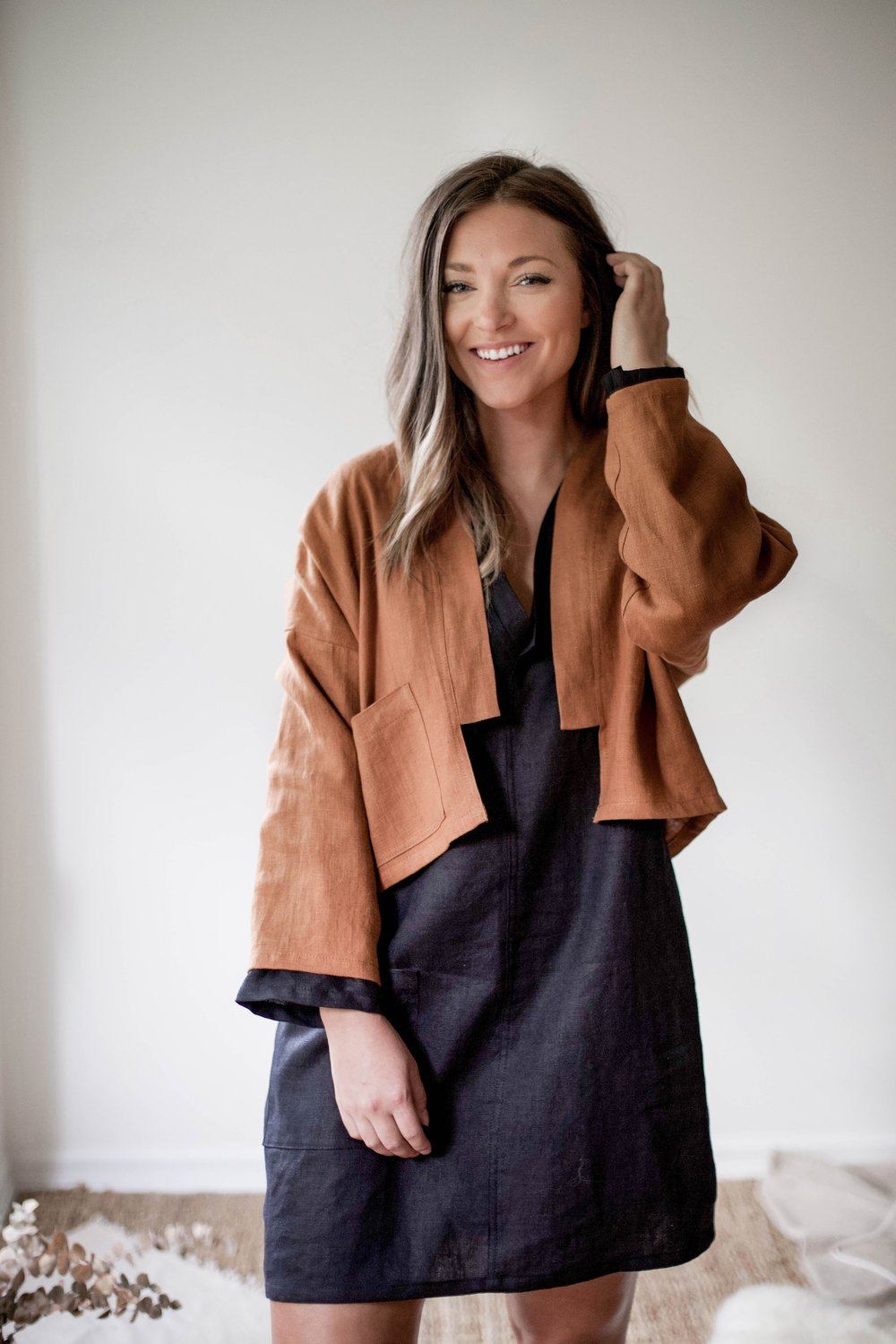 nomi-designs_ann-jacket_rust-colored-natural-linen-jacket_front-main.jpg
