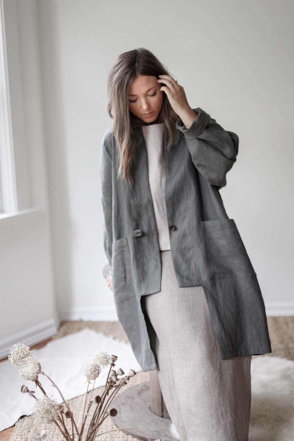 nomi-designs_kim-long-jacket_forest-colored_natural-linen-long-sleeve-jacket_front.jpg