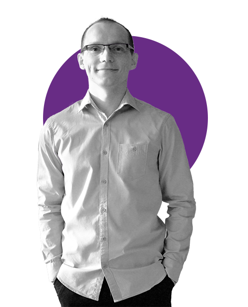 EMIL AJDYNA  Engineering   ZUT MS, BS   Emil enjoys building friendly user interfaces. He previously led frontend teams in the banking industry, building a large scale single page application for retail and company customers.