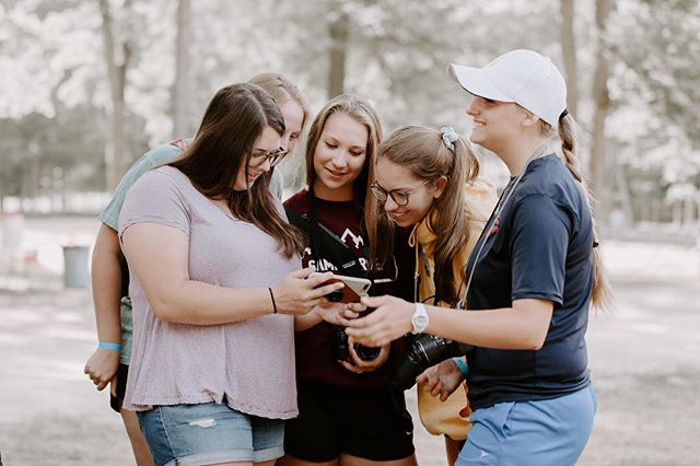 """is there anything better than being at Camp Harvest with your friends? and friends only circle around a phone for something amazing... like summer camp registration being OPEN! click the link in bio and use the code """" SL170 """" for 50% off full price until May 1st 😜 July 17-21 will be the best days of the summer!"""