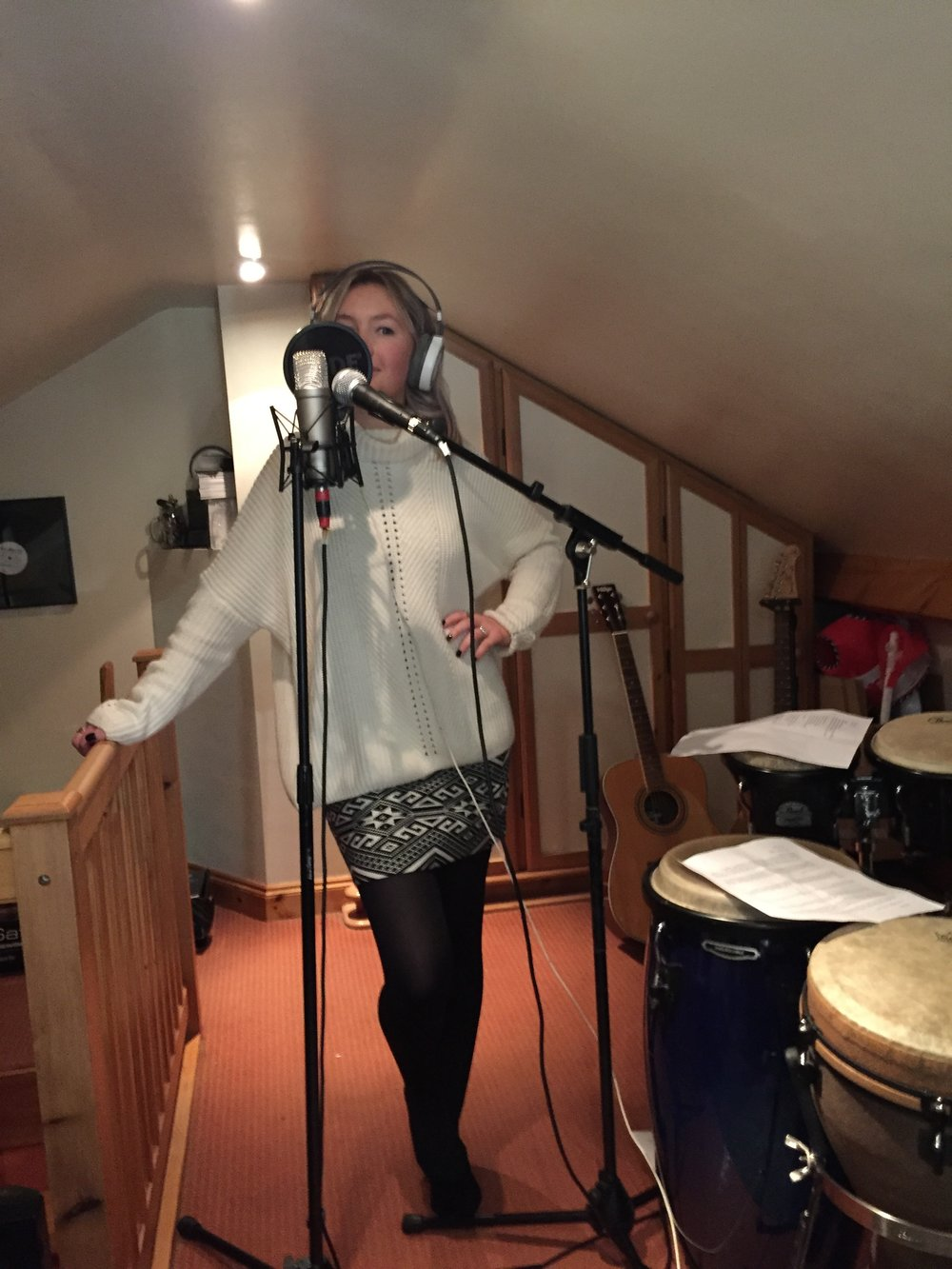 online-singer-home-studio.JPG