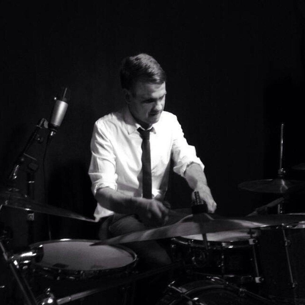 online-session-drummer-for-hire-mark.jpeg