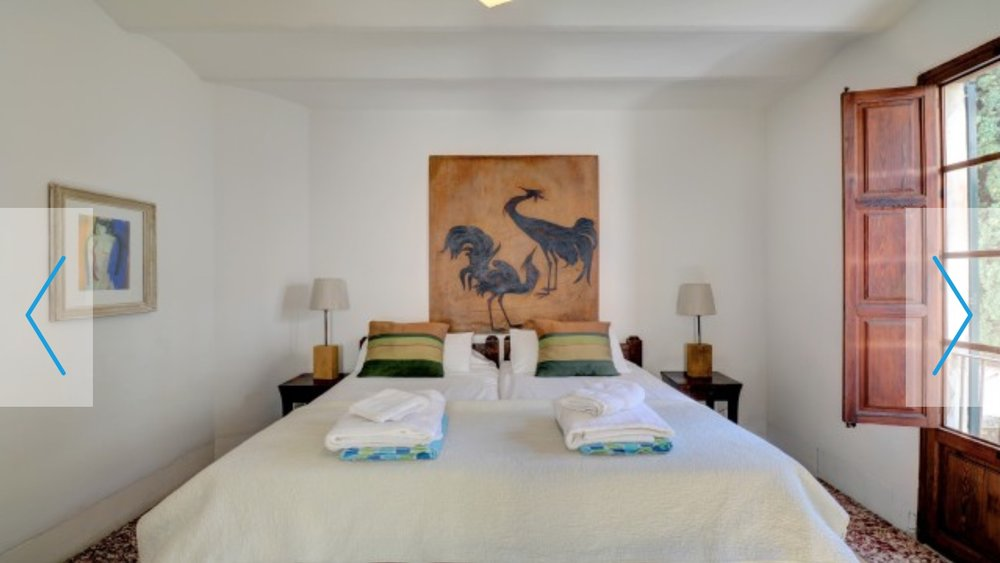 Mallorca_villa_bedroom.jpg