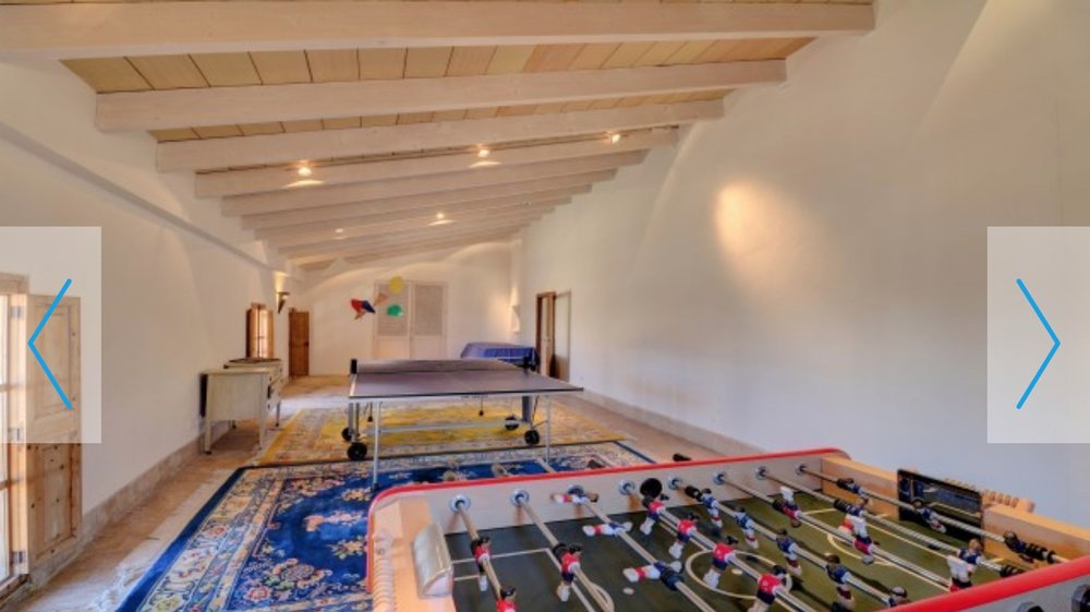 Mallorca_villa_gamesroom.jpg