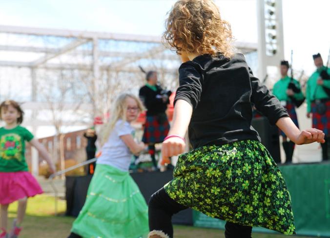pic- dancing3.jpg