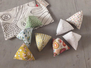Amy+Baby+Toys+soft+beanbag+triangle+blocks.jpg