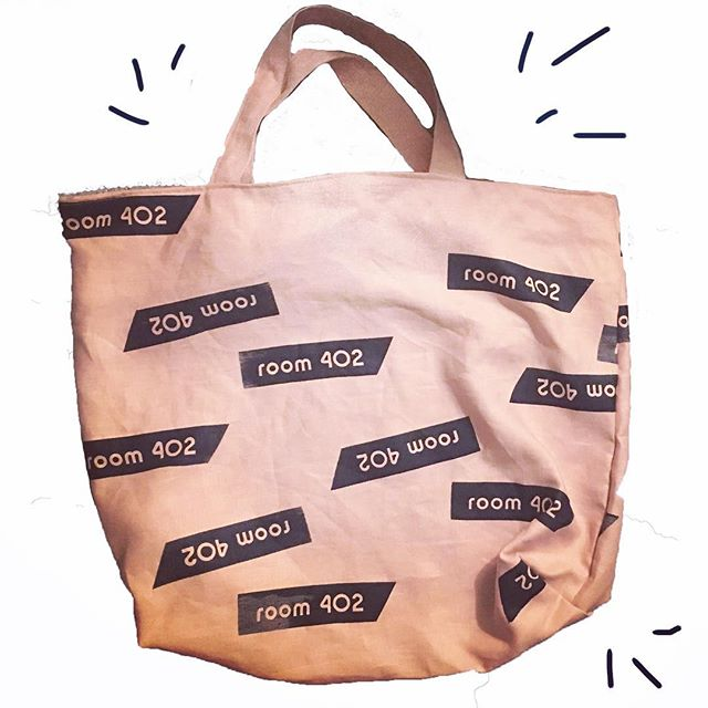 Are you signed up for our newsletter? We're sending out our February edition tomorrow, and it's all about the things we're doing, making and learning this month. Sign up via the link in profile (and learn more about this custom bag in your inbox tomorrow!)