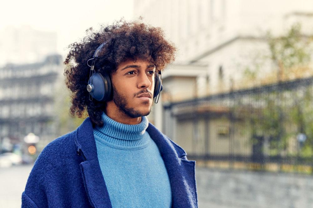 PAPEU_Headphones'18_Lifestlye_Img_RP-HTX90N_Final0008.jpg