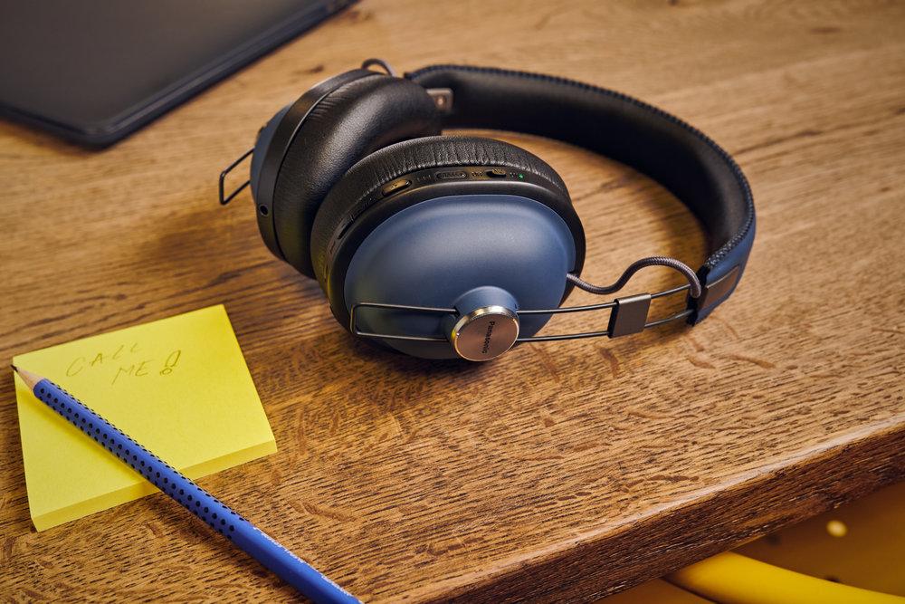 PAPEU_Headphones'18_Product_Lifestlye_Img_RP-HTX90N_Final0005.jpg