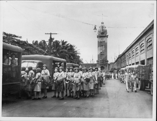 Aloha Tower during WWII.  Source: Hawaiʻi State Archives Digital Collection