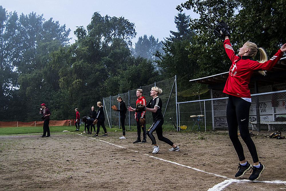 Billede fra Skæring Skole's baseball-undervisning hos Århus Baseball Softball Klub