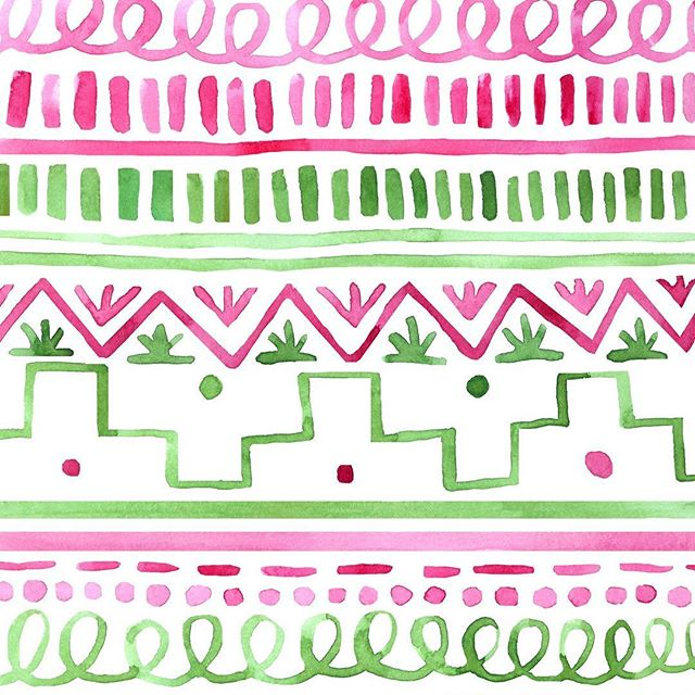 These patterns are lovely to paint but not so fun for editing. The finished design is beautiful though so they are one of my favorites!💕💚