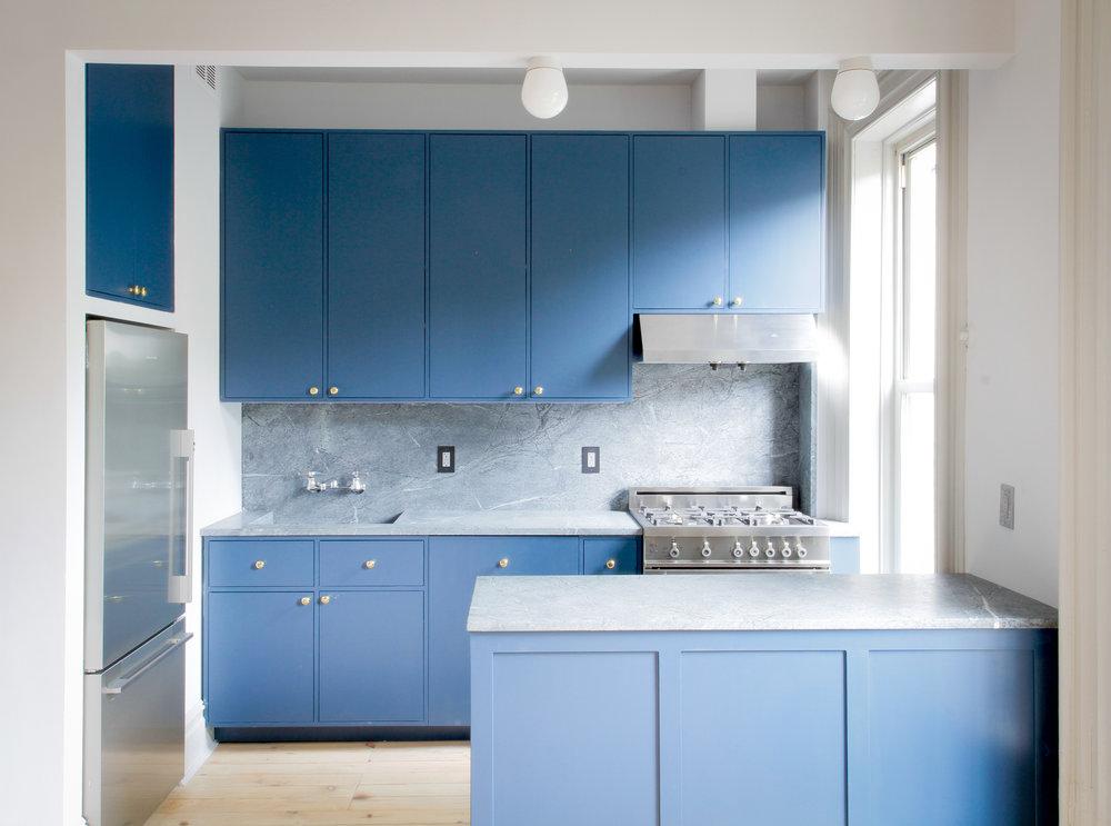 Kantarovksy-Laser residence kitchen.jpg