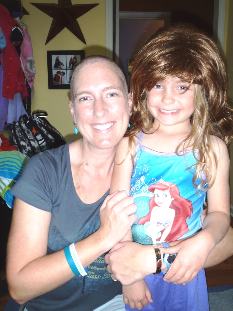 Heather+Daughter+in+Wig.jpg