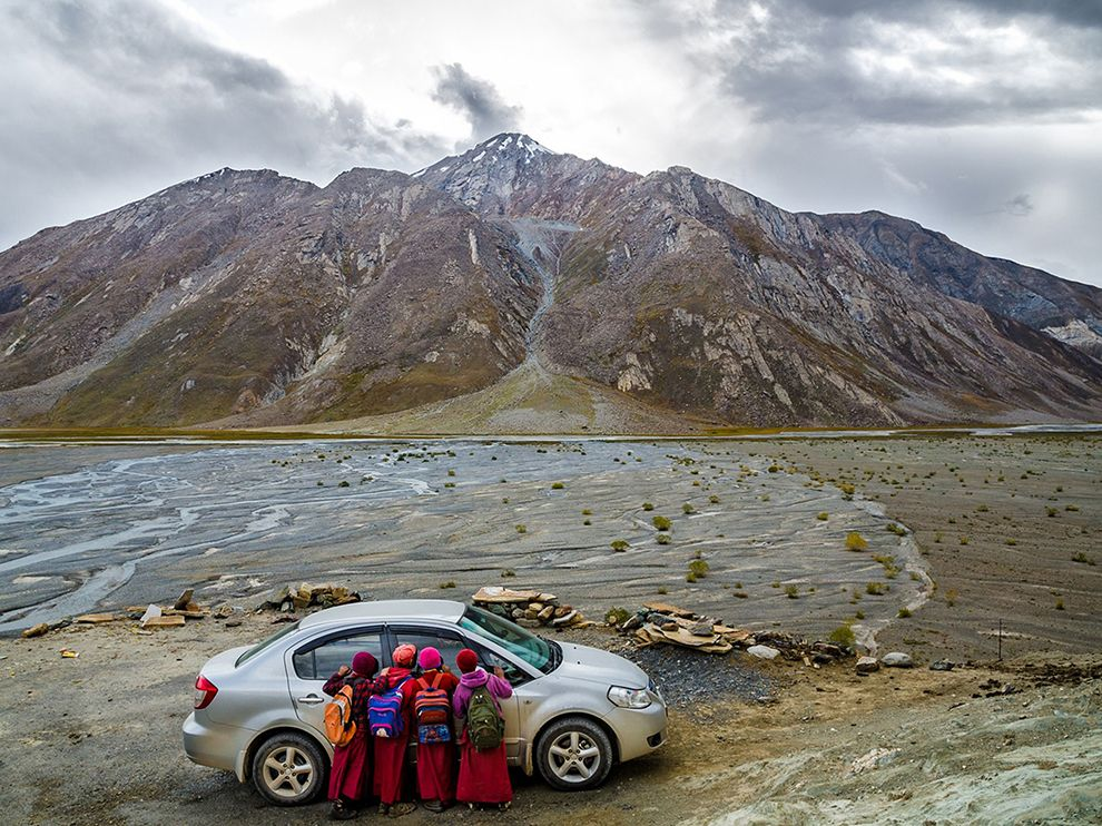 monastery-auto-mountain-india