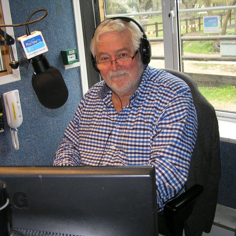 "<div align=""center""><p><strong>Mike Cannon</strong>Presenter<a href=mailto:mike.cannon@marlowfm.co.uk>Email →</a></p></div>"