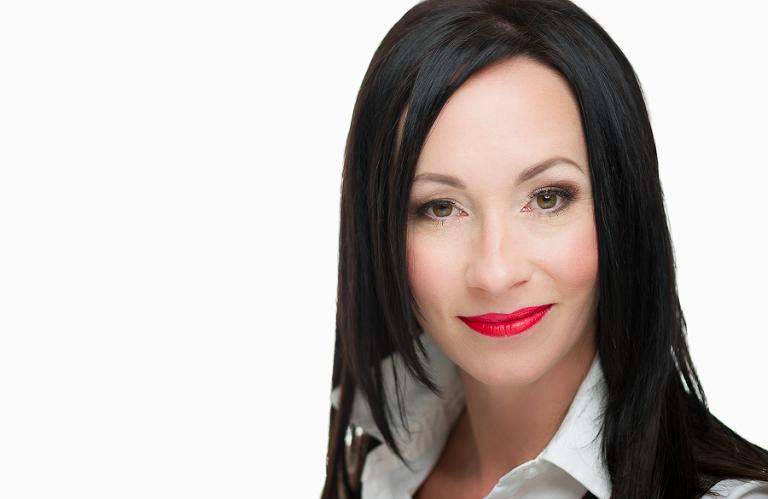 Victoria-Portrait-Photographer-Leanne-005(pp_w768_h499).jpg