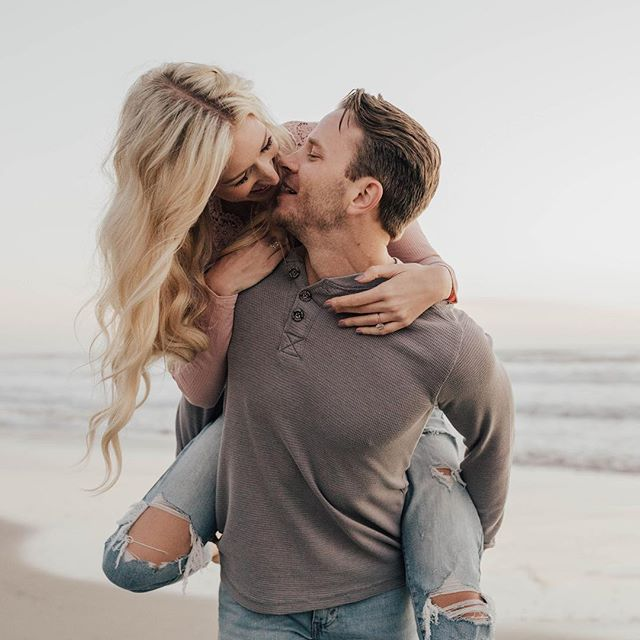 Dreaming about October when I get to go to Bali for this gorgeous couple's wedding! 😍😍 I seriously can't wait to explore everywhere! 🌍 ✈️ • • • • #dirtybootsandmessyhair #authenticlovemag #belovedstories #justalittleloveinspo #wildhairandhappyhearts #loveandwildhearts #wildloveadventures