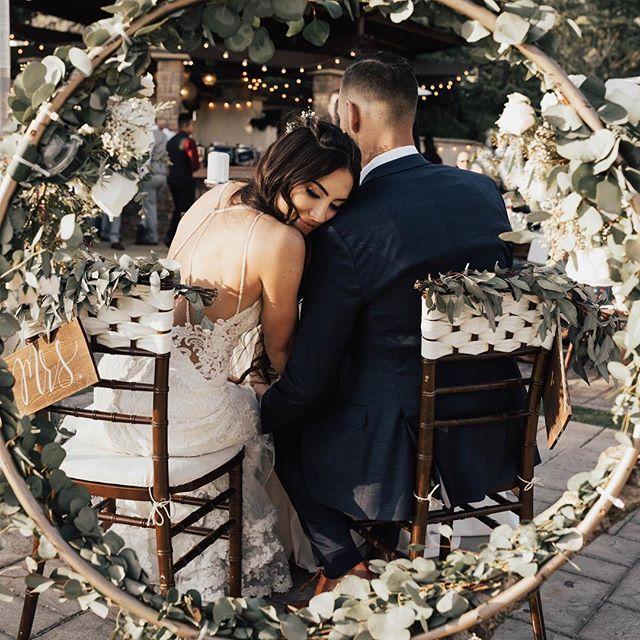 I don't think that I'll ever be able to enough of this image 😍 Oh my lanta I'm freakin obsessed with this couple! 🔥 😍 🔥 • • • Bride: @hunter_miles  Groom: @pandemicmike  Florist: @flowersetcbeaumont  Venue: @serendipity_weddings  Dress: @bellasposawedding  Hair: @savannahmoelter  Makeup: @marissatorres  Wedding Decor: @fab_weddings_by_ashley_fab • • • • #weddingchicks #junebugweddings #greenweddingshoes #stylemepretty #heywildweddings #justalittleloveinspo #authenticlovemag #belovedstories #dirtybootsandmessyhair #soloverly #wdofficial #wedphotomag #lookslikefilm #lookslikefilmweddings #weddinglegends  #elopementlove #wildelopements #travelandweddingmagazine #southerncaliforniabride #wedphotoinspiration #weddinginspiration #weddingphotoinspiration