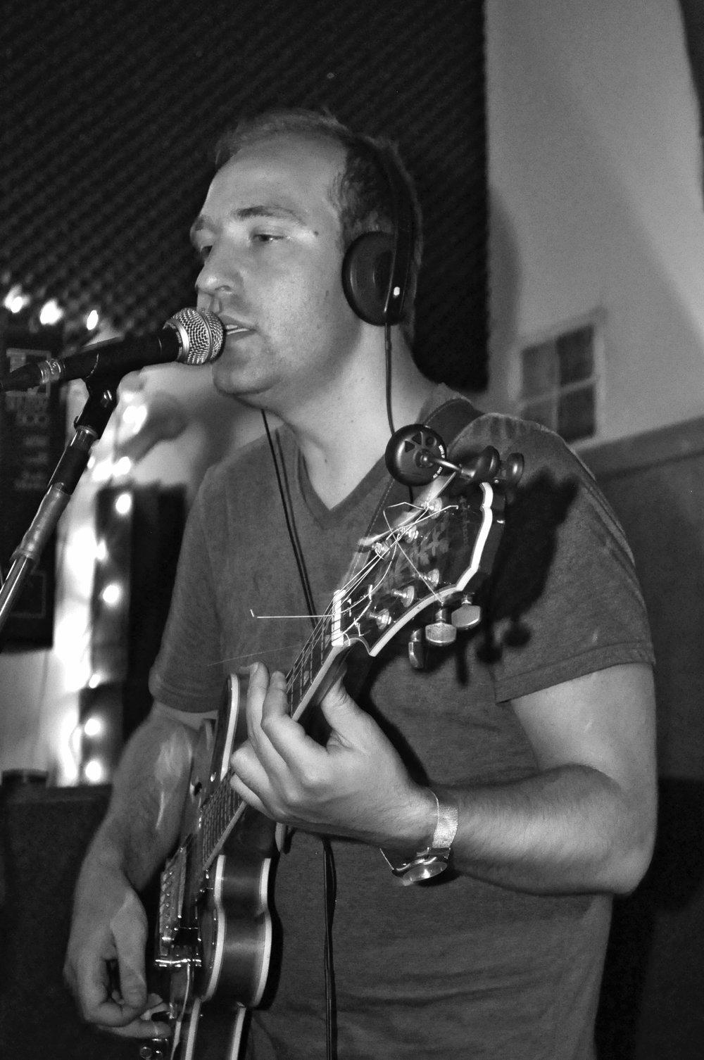 NICO JANSSEN - Vocals, Guitar