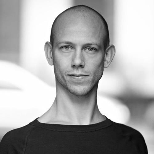 Simon Krohn - Yogainstruktør