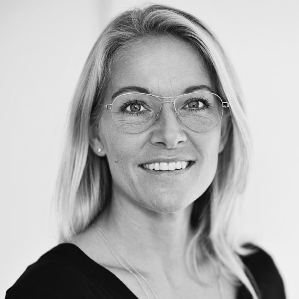 Camilla Brink Jakobsen - Body All Mind Kropsterapeut og fysioterapeut - Care4BalanceVengelundvej 9,8660 SkanderborgTlf 53 34 07 00Email camilla@care4balance.dk