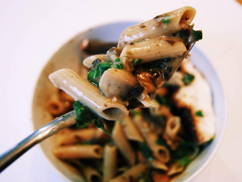mushroom-pasta-2-1600x1202.jpg