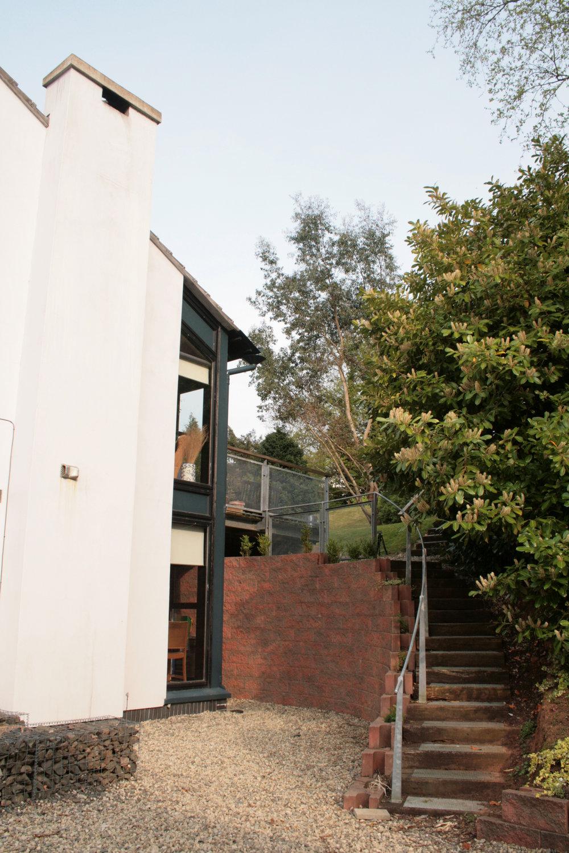 Ext_Garden steps.jpg