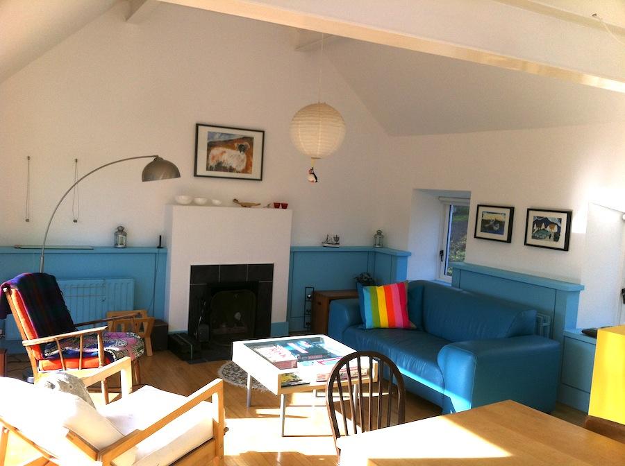 5 Living area.JPG