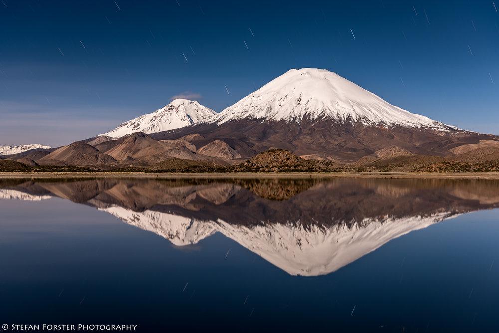 Die Nächte waren so schön ruhig und der Vollmond erleuchtete die Vulkane so hell, dass ich in dieser Nacht auf Schlaf verzichtete