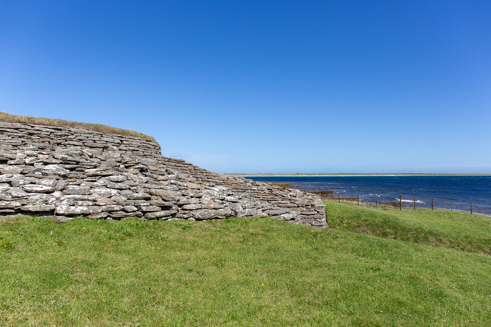 Quoyness chambered cairn and Sty Wick