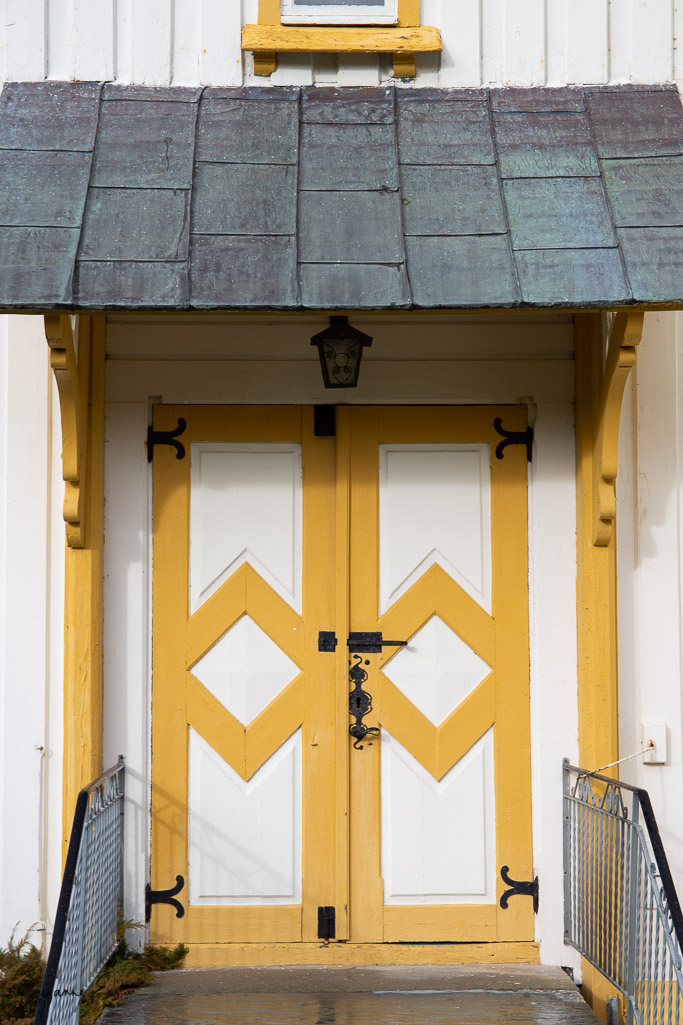 Norway church-3.jpg