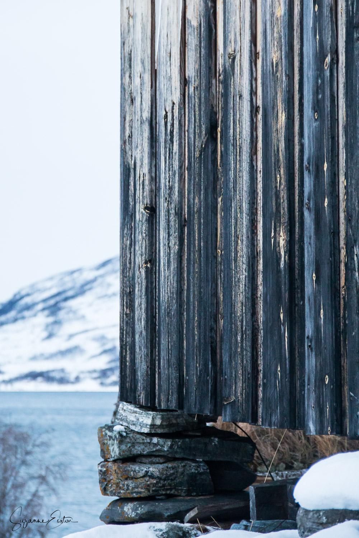 wooden-4.jpg