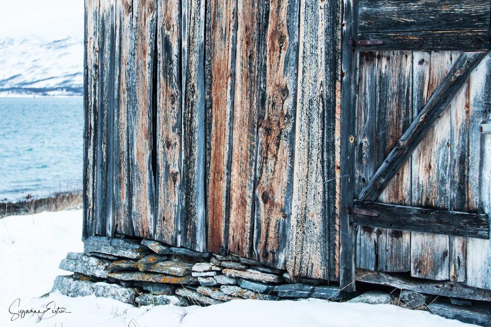 wooden-7.jpg