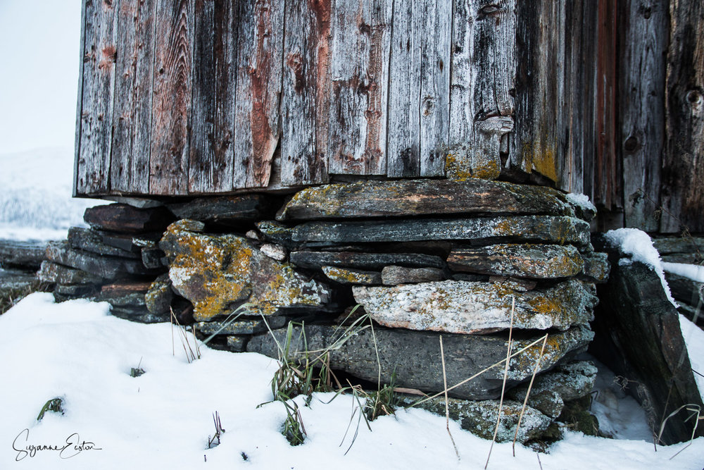 wooden-11.jpg