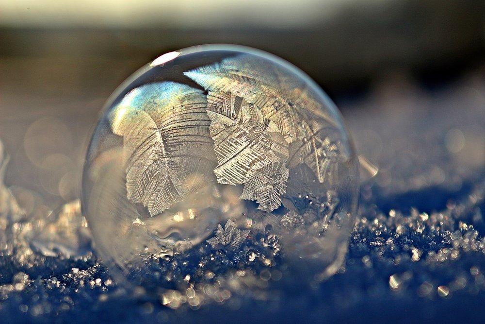 frozen bubble Pixabay holding image https://pixabay.com/photo-1984265/