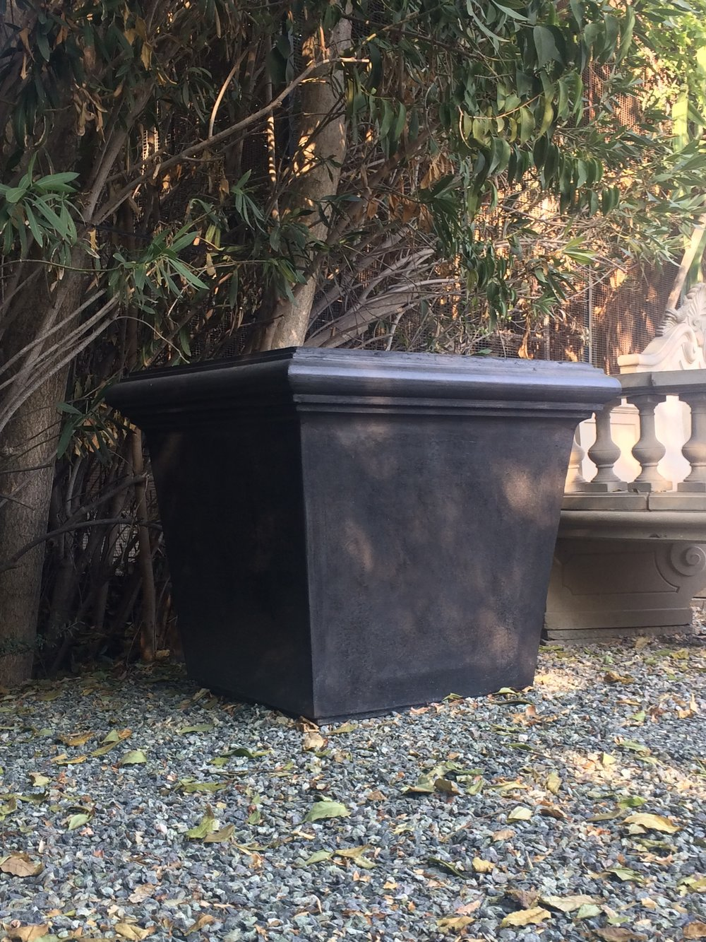 LARGE BOX PLANTER